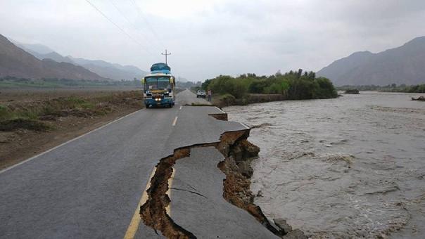 Destrucción de la infraestructura vial