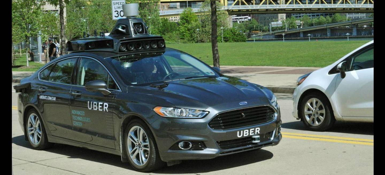 Uber dará servicio con coches autónomos en EEUU